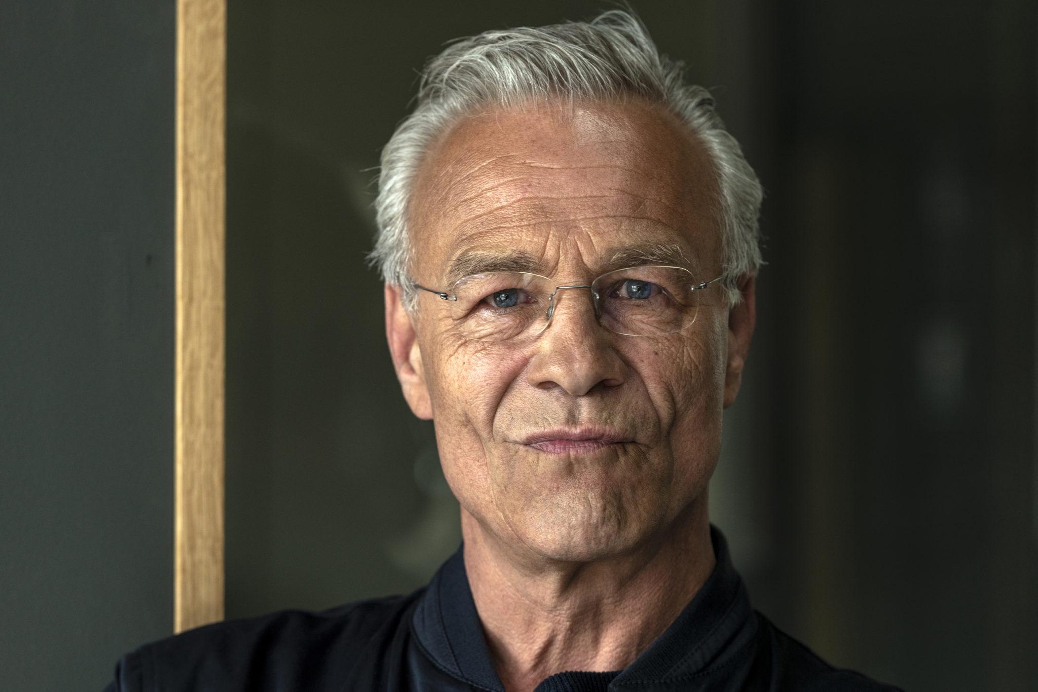 """Klaus J. Behrendt am Filmset zur Tatortfolge """"Niemals ohne mich"""""""