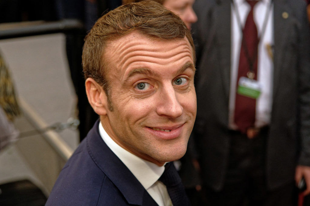 Der französische Präsident Emmanuel Macron im Krönungssaal des Aachener Rathauses anlässlich der Erneuerung des Vertrages zwischen der Bundesrepublik Deutschland und der Französischen Republik über die Zusammenarbeit und Integration
